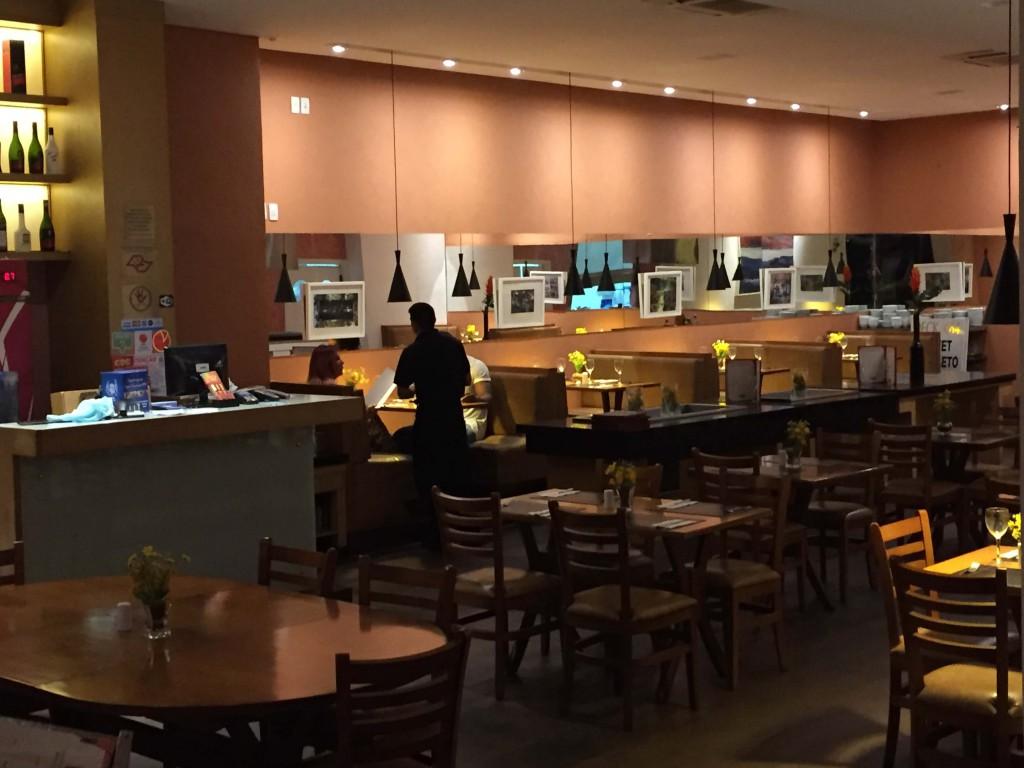 Restaurante barato em São Paulo Deck484