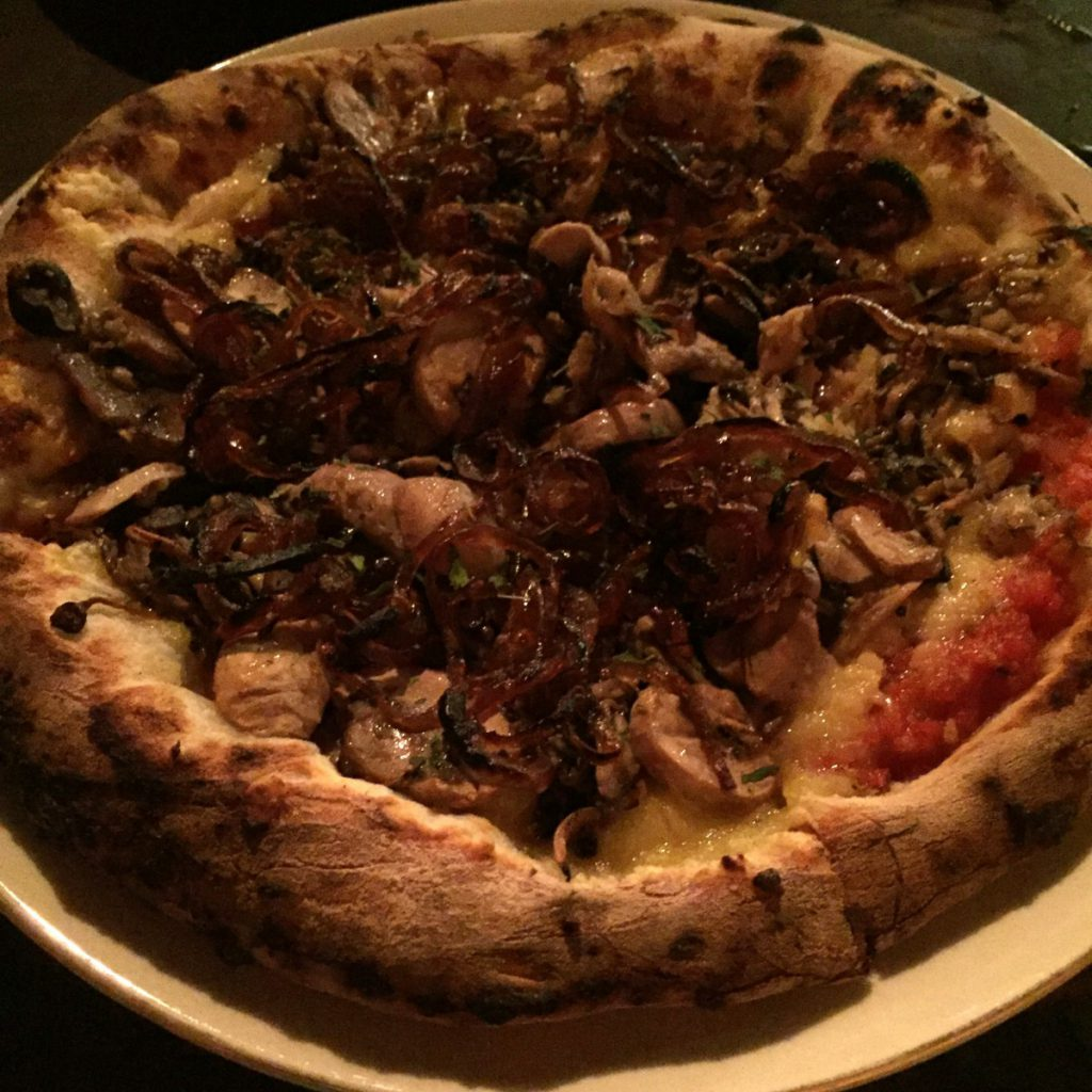 PizzaDi Funghi - Sem glúten e sem lactose. Foto: NiKi Verdot.
