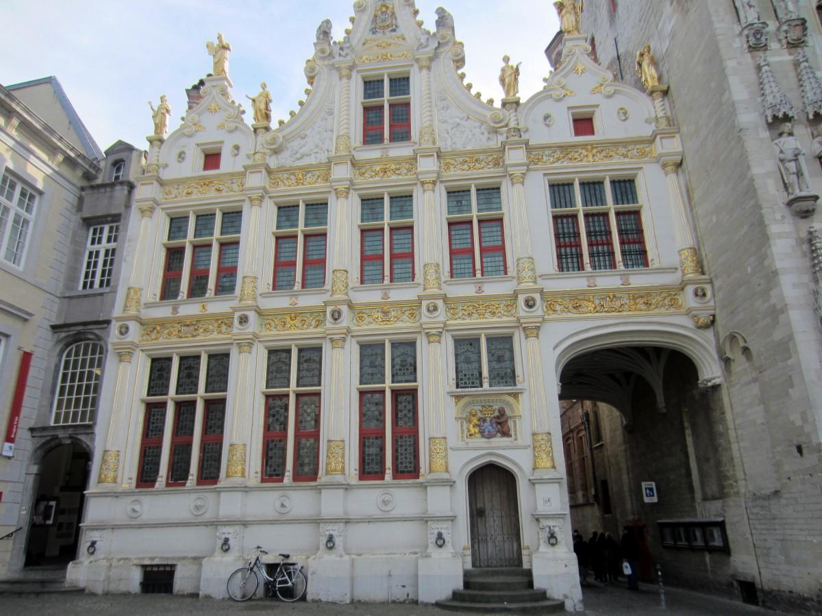 Greffe Civil (registro civil) na Praça Burg - Bruges, Bélgica. Foto: NiKi Verdot | 1001 Dicas de Viagem