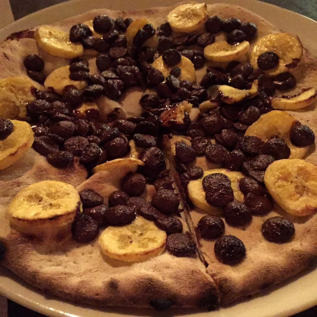 Pizza Doce - Sobremesa Di Fondi Pizza. Foto: NiKi Verdot.