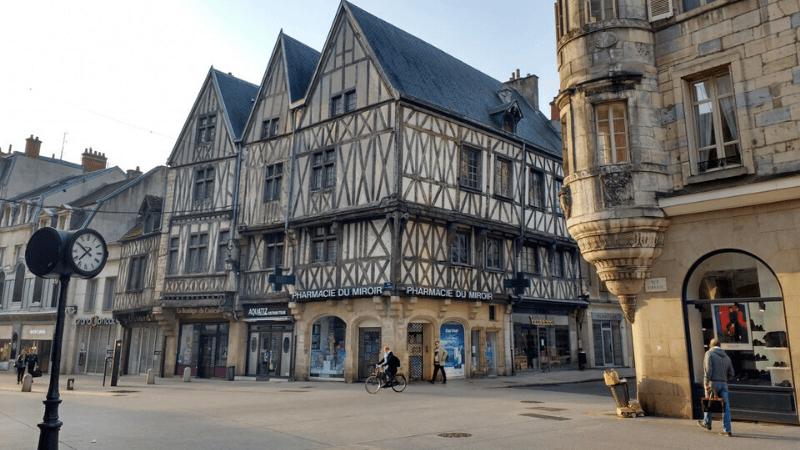 Hospedagem econômica em Dijon - Onde se hospedar em Dijon - Hotéis em Dijon | 1001 Dicas de Viagem