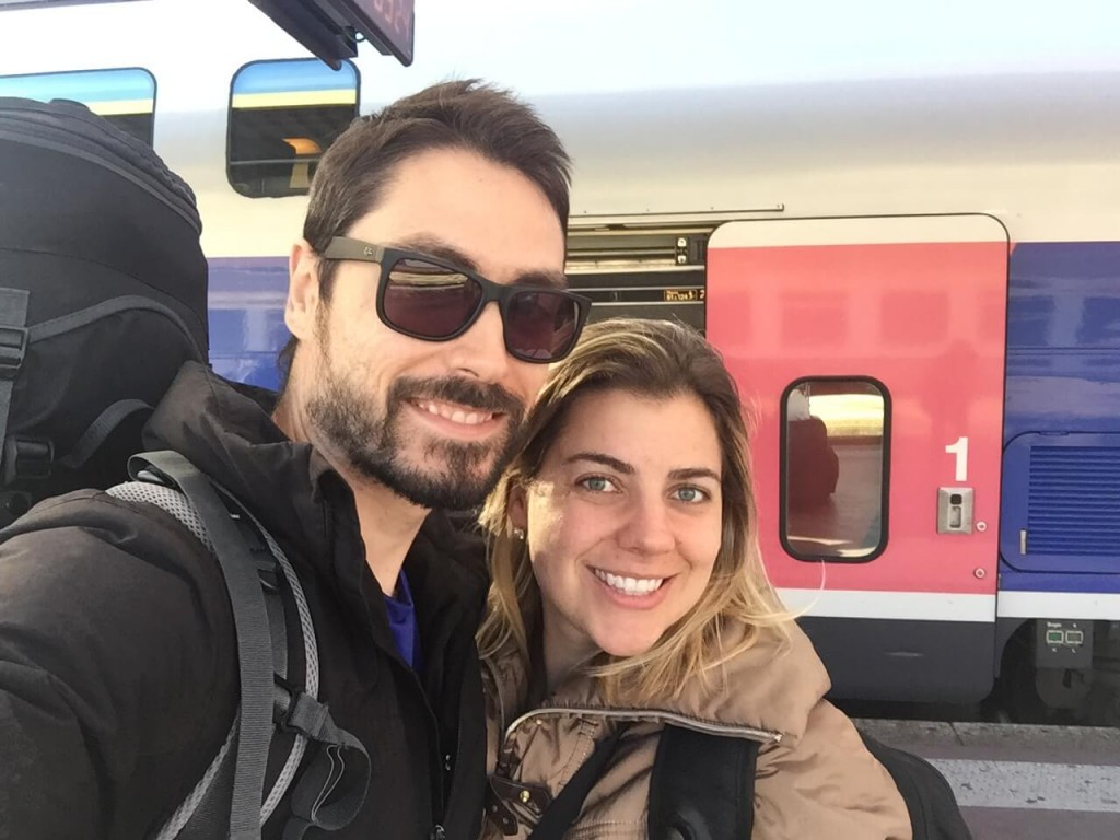 Wanderlust Travel Blogger