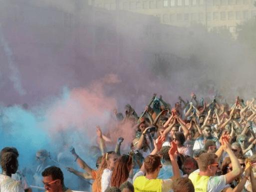 Color Run Dijon Campos Dijon - Corrida na França | 1001 Dicas de Viagem