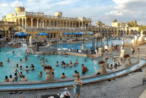 Széchenyi Bath Budapest Rudas Furdö - Águas Termais em Budapeste - Melhores piscinas termais em Budapeste | 1001 Dicas de Viagem