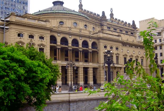 Theatro Municipal de São Paulo - Roteiro pelo Bairro República e Centro de São Paulo   1001 Dicas de Viagem