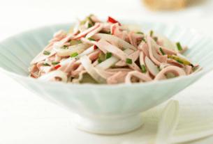 Wurstsalat Rezept - Receita de salada Alemã de salsichas | 1001 Dicas de Viagem