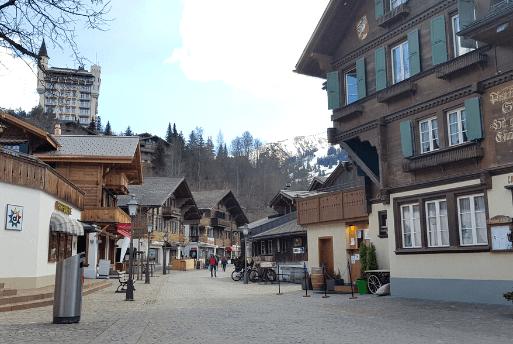 Roteiro pela Suíça: Gstaad, Berna, Switzerland | 1001 Dicas de Viagem